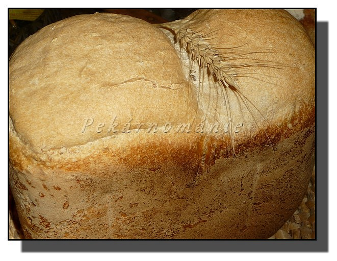 Bramborákový chleba (kváskový v pekárně)