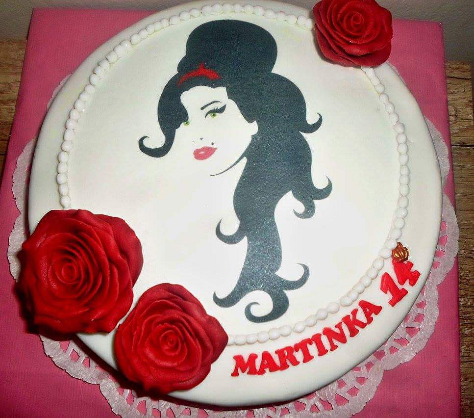 Dort s Amy Winehouse (Amy Winehouse cake)