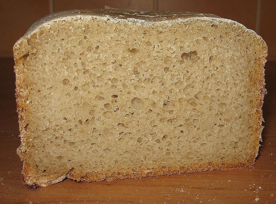 Kořenový kváskový chléb