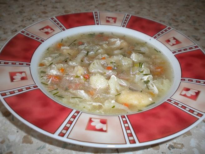 Květáková polévka s noky nejen pro nejmenší