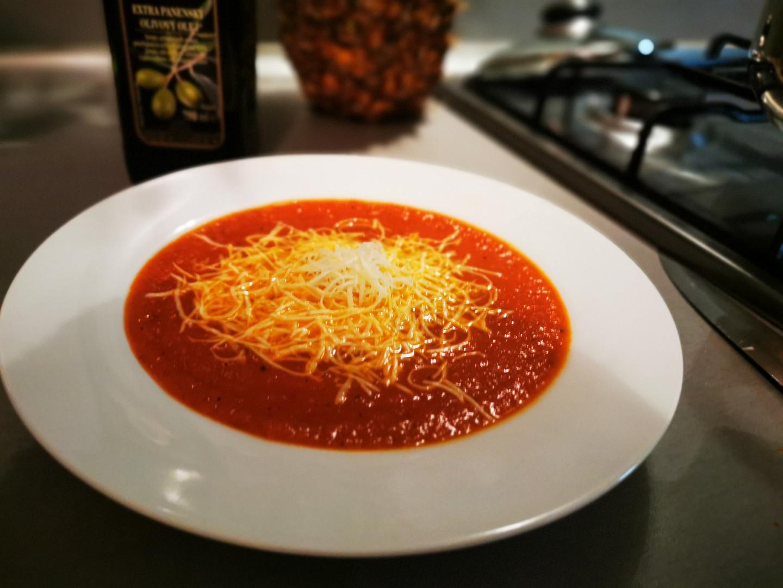 Rajčatová polévka Italian
