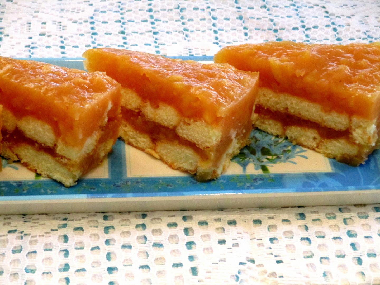 Vanilkovo-jablečný dort bez pečení